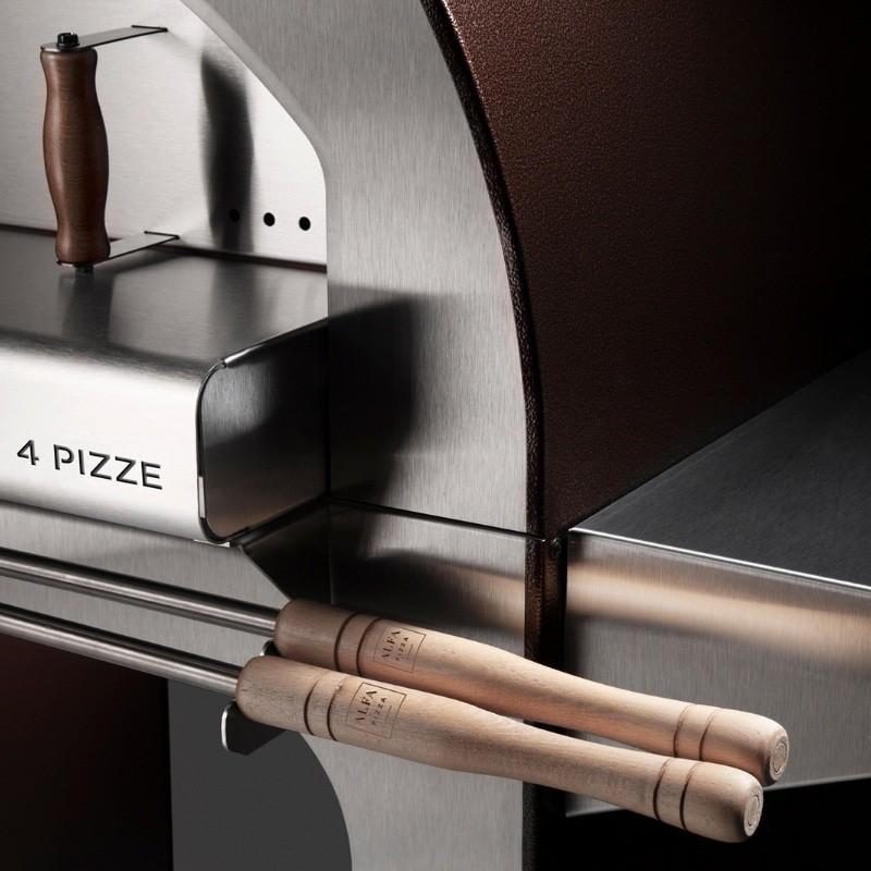 4 pizze close up